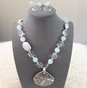 4 PC Beautiful Reversible Necklace and Earings Set